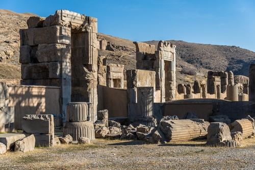 Ruínas de Persépolis. Foto: MielnickiStudio / Shutterstock.com