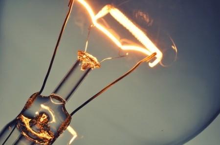 As lâmpadas incandescentes funcionam com base no efeito Joule. Foto: Chones / Shutterstock.com