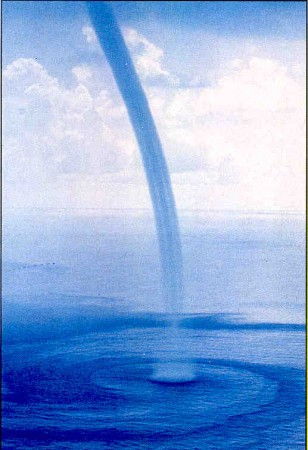 Tromba d'água. Foto: NOAA
