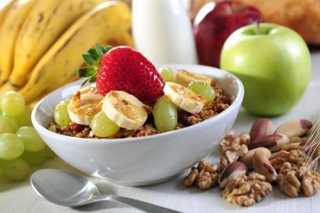 Alguns alimentos ricos em fibras. Foto: Marcelo Krelling / Shutterstock.com
