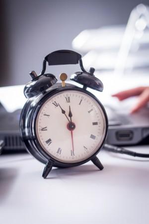 Hora extra. Foto: © iStock.com / Pekic
