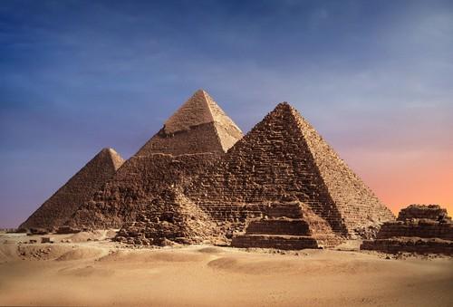 Pirâmides do Egito. Foto: PlusONE / Shutterstock.com