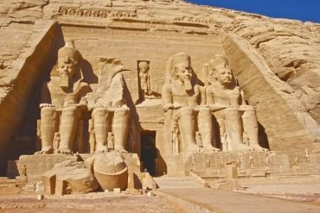 Templo de Abu Simbel. Foto: Sphinx Wang / Shutterstock.com