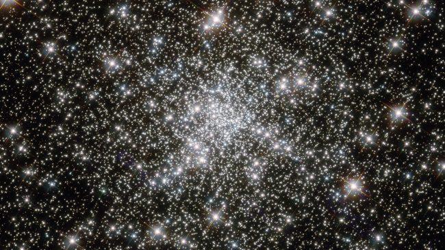 O Universo é composto bilhões de estrelas e planetas, e alguns poucos deles estão nessa imagem do James Webb Space Telescope. Clique para ampliar. Foto: NASA.