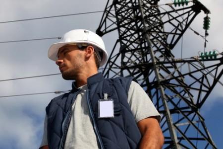 Eletricista. Foto: auremar / Shutterstock.com