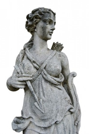 Escultura da deusa Ártemis. Foto: mubus7 / Shutterstock.com
