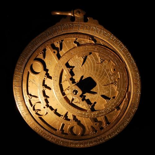 Astrolábio. Foto: a40757 / Shutterstock.com