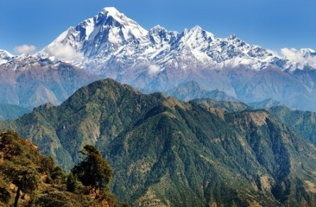 Cordilheira do Himalaia. Foto: Daniel Prudek / Shutterstock.com