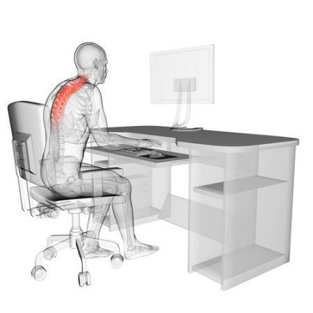 Uma postura incorreta pode causar dores incômodas no trabalho. Ilustração: Sebastian Kaulitzki / Shutterstock.com