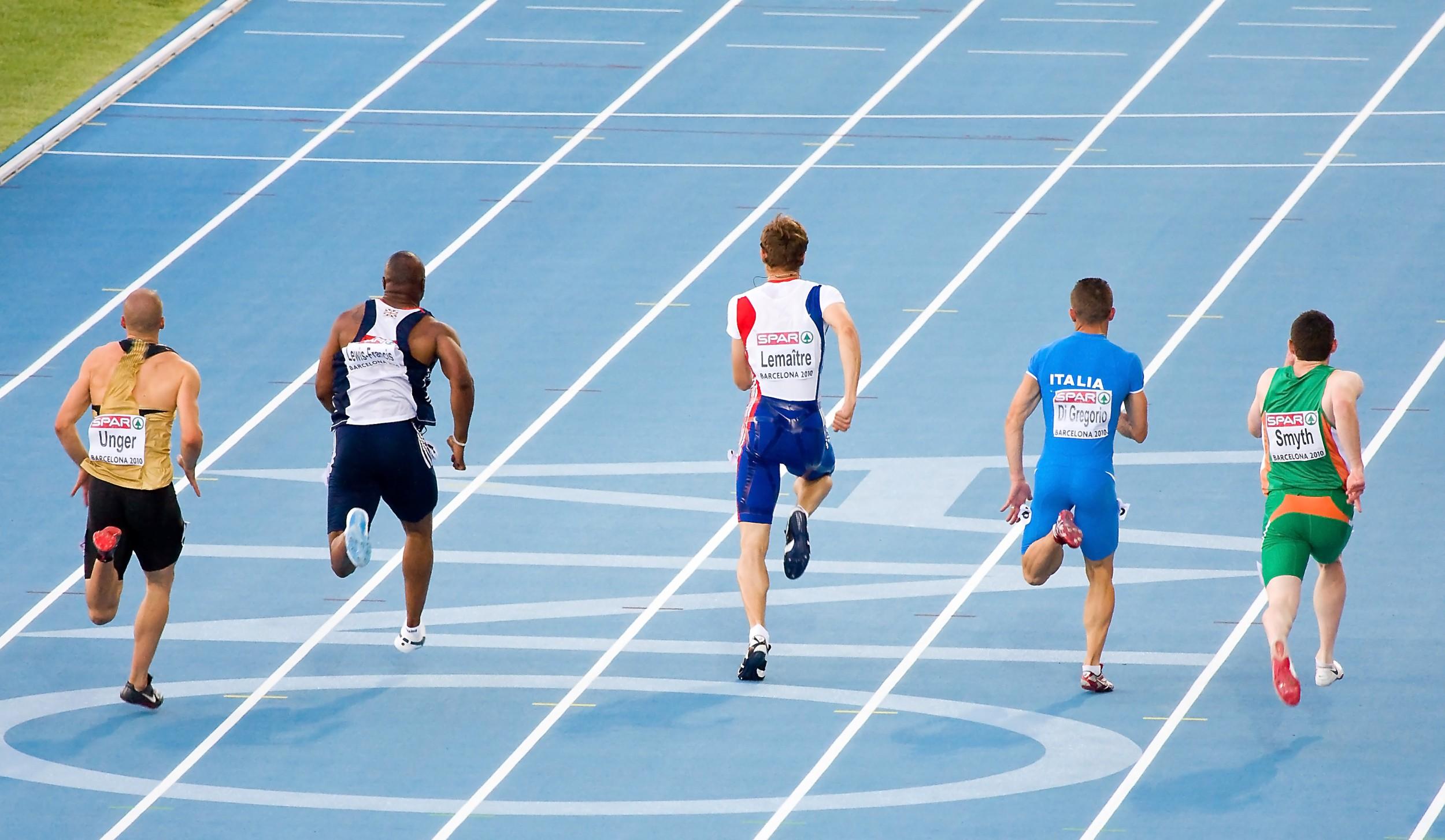 31e1fefc8 Esporte  Atletismo de Pista. Foto  Natursports   Shutterstock.com