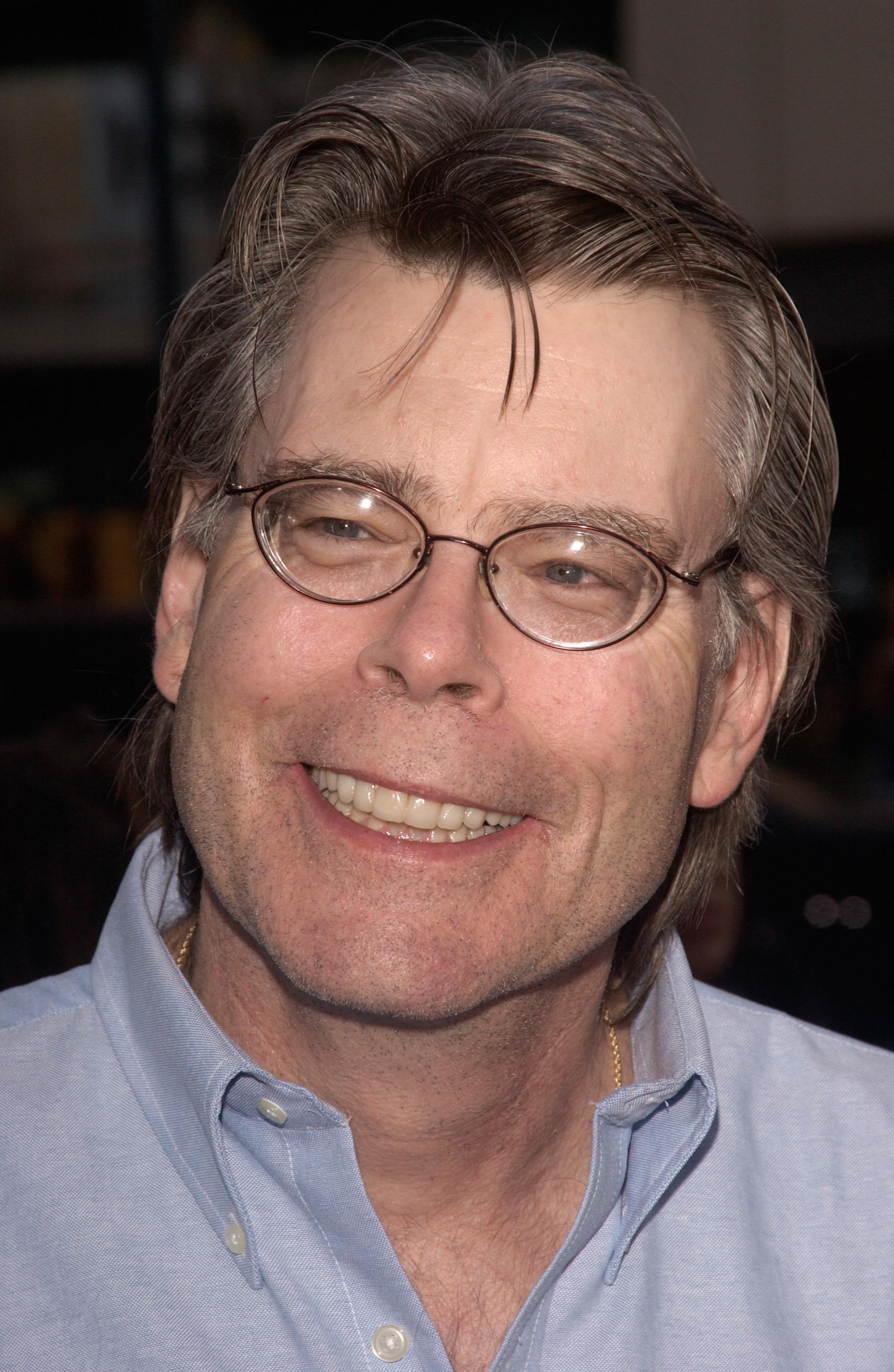 Stephen King - Biografia do escritor americano - InfoEscola