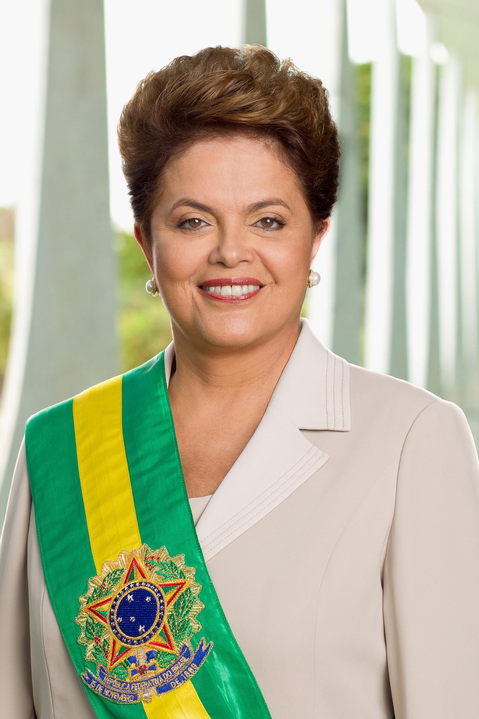 Governo de dilma rousseff 2011 2016 hist ria do brasil infoescola for Casa governo it 2018